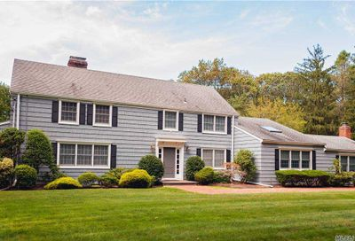 1614 Stewart Lane Laurel Hollow NY 11791