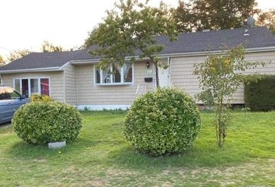 108 Timberline Drive Brentwood NY 11717