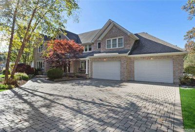 10 Colonial Drive Smithtown NY 11787