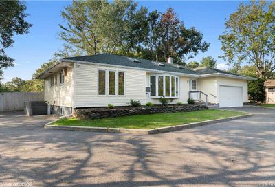 1424 Townline Road Nesconset NY 11767