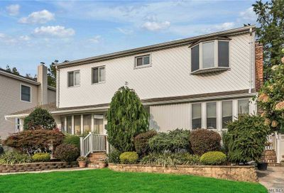 4 Forte Avenue Old Bethpage NY 11804