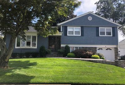 3 Dolores Place Plainview NY 11803
