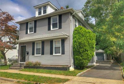 4 Walnut Street Greenvale NY 11548