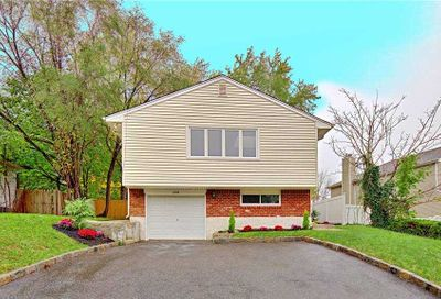 226 Haypath Road Old Bethpage NY 11804