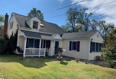 12 Corchaug Avenue Port Washington NY 11050