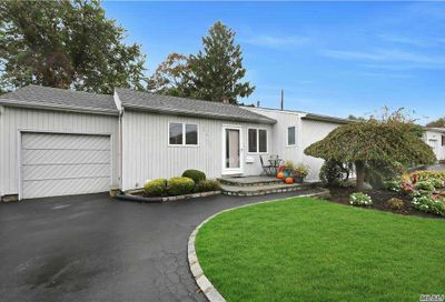 56 Hope Drive Plainview NY 11803