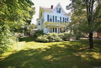 42 Maple Avenue null NY 10950
