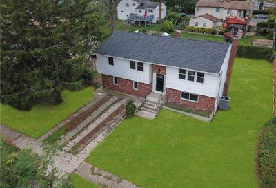 92 Westwood Drive Brentwood NY 11717