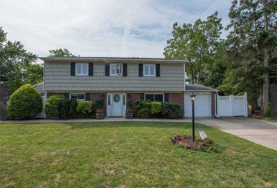 212 Haypath Road Old Bethpage NY 11804