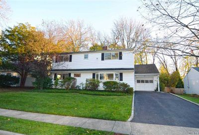 20 Wakefield Ave Port Washington NY 11050