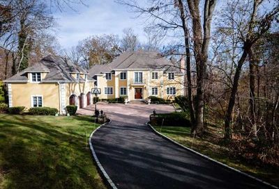 1360 Ridge Road Laurel Hollow NY 11791