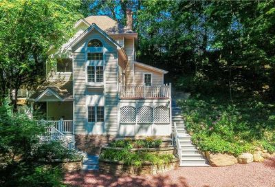23 Pine Drive Cold Spring Hrbr NY 11724
