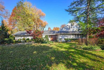 137 Soundview Drive Great Neck NY 11020