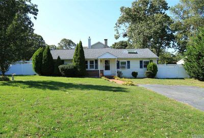 38 Blue Point Road Selden NY 11784