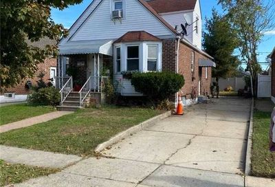 26 Sterling Rd Elmont NY 11003