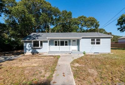 253 Mooney Pond Road Selden NY 11784