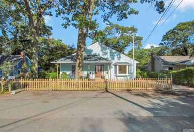 15 Patchogue Road Sound Beach NY 11789