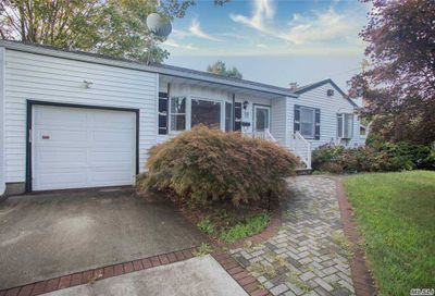 60 Hale Street Brentwood NY 11717