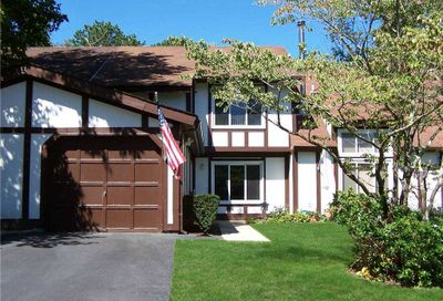 68 Crystal Rock Court Middle Island NY 11953