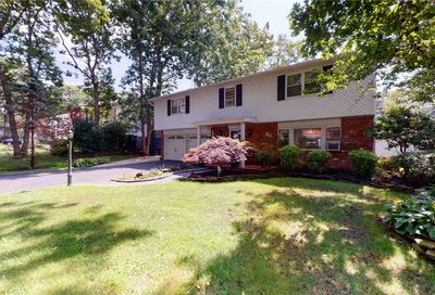 22 Cornelia Lane Lake Grove NY 11755