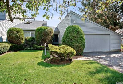 16 Harbour Drive Blue Point NY 11715
