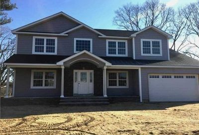 3 Pickwick Drive Old Bethpage NY 11804