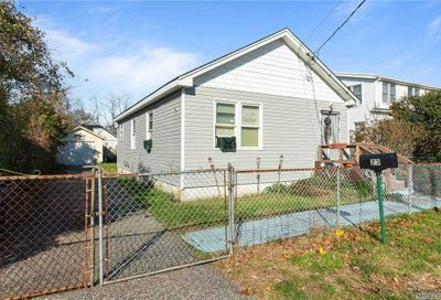 23 Dogwood Road Mastic Beach NY 11951
