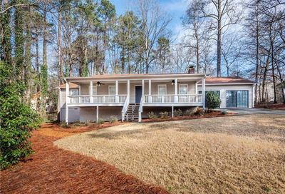 5824 Red Rock Court NW Kennesaw GA 30152