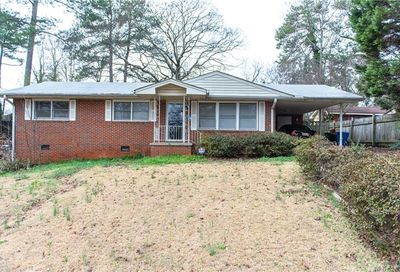 5963 Spruce Avenue Forest Park GA 30297