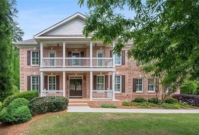 180 Amberly Place Roswell GA 30075