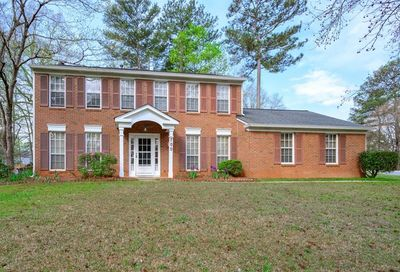 700 Crab Orchard Court Roswell GA 30076