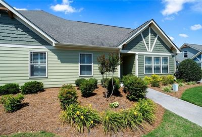 12 Mary Lane NE White GA 30184