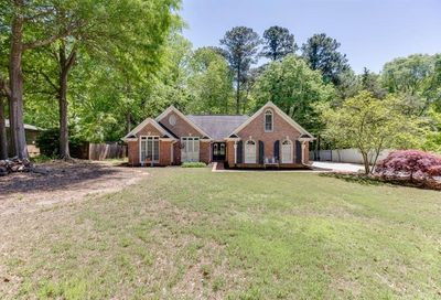 1095 Whitehead Road Sugar Hill GA 30518