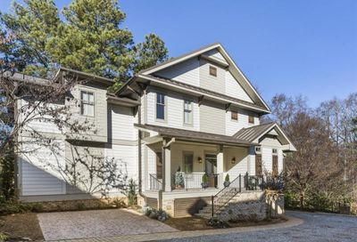 135 Weatherford Place Roswell GA 30075