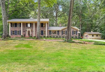 5351 Oxbow Road Stone Mountain GA 30087