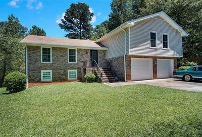 2865 Club Forest Drive Conyers GA 30013