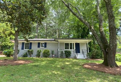 2714 Plantation Drive East Point GA 30344