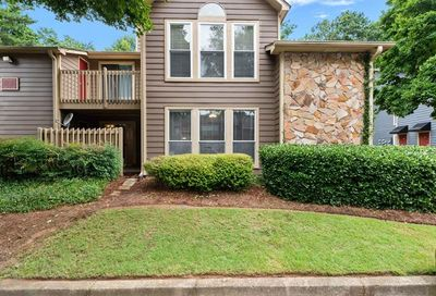 4001 Canyon Point Circle Roswell GA 30076