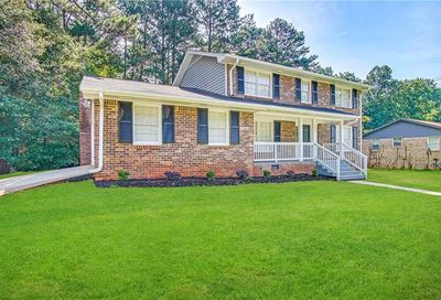 382 Barbashela Drive Stone Mountain GA 30088