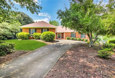 3169 Country Club Court NW Kennesaw GA 30144
