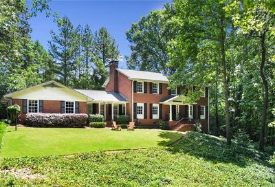 4243 Mcclatchey Circle NE Atlanta GA 30342