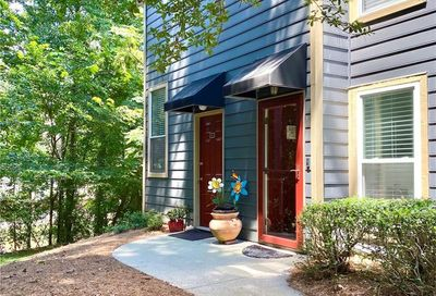 4111 Canyon Point Circle Roswell GA 30076
