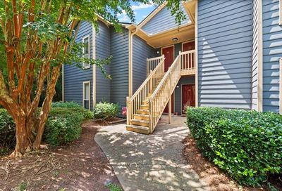 1115 Canyon Point Circle Roswell GA 30076