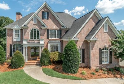 5685 Lake Manor Trace Johns Creek GA 30022