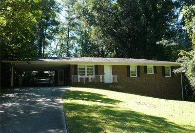 135 Valley Drive Roswell GA 30075