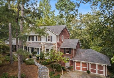 715 Tanglewood Trail Sandy Springs GA 30327