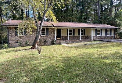 1724 Rhonda Lane Stone Mountain GA 30087
