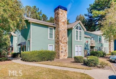 2007 Canyon Point Circle Roswell GA 30076