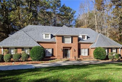 5790 Silver Ridge Drive Stone Mountain GA 30087