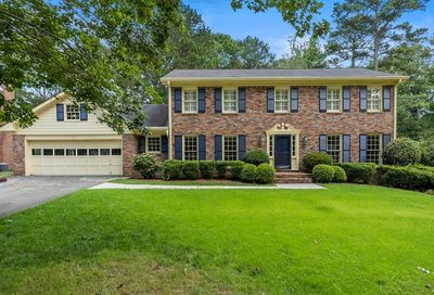 4739 Shadow Bend Dunwoody GA 30338